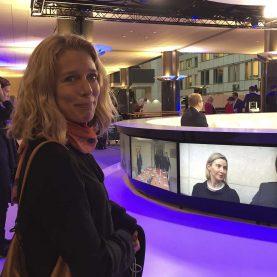 Asa Aspild, Expressen (S) på besøg i tv-studiet tæt ved EU-parlementet Foto: Joan Rask