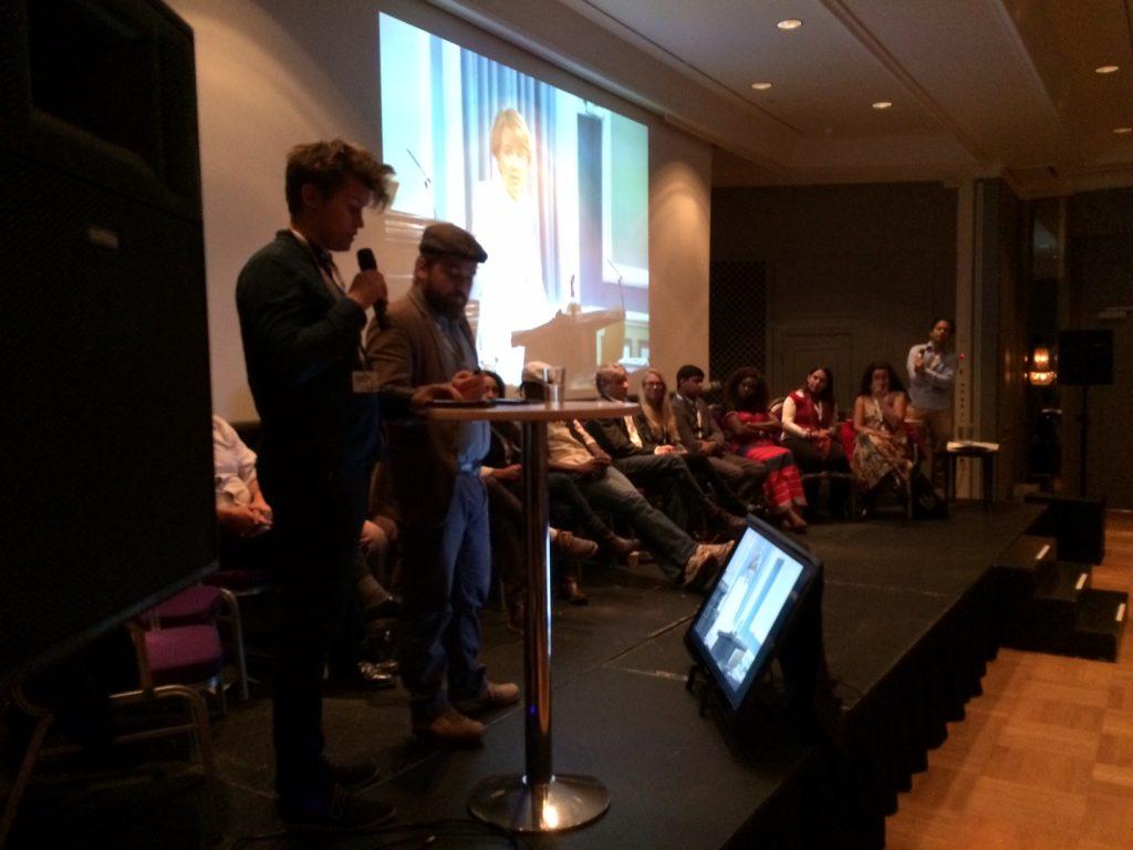 Journalisterne Jóhann Páll Jóhannsson og Jón Bjarki Magnússon deler deres erfaringer som undersøgende reportere på GIJC15