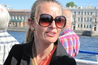 Hilde Sandvik, kultur- og debatredaktør på Bergens Tidende, møder Aarhus-kursister (Foto: Anders Lange, 2012, fra et tidligere NJC-kursus)