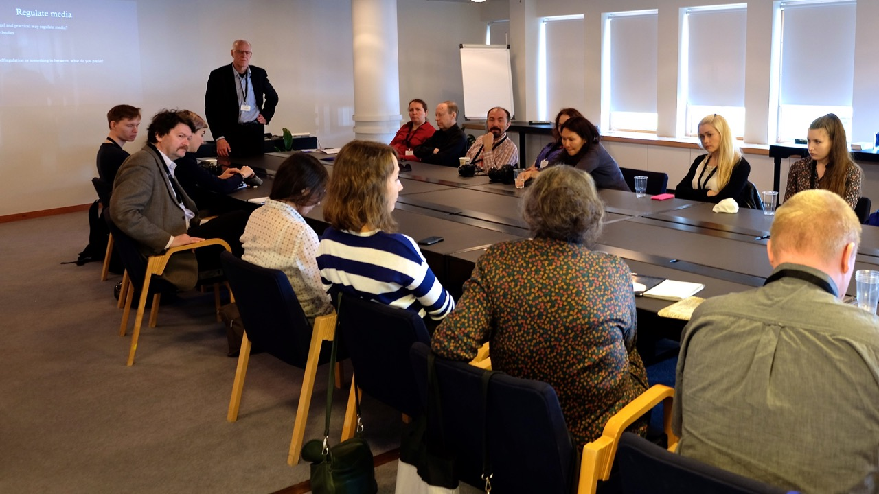 Mogens Blicher Bjerregaard (on hehaf of NJC) in dialog with Russian journalists at WPFD2016 about the condition of independent journalisme