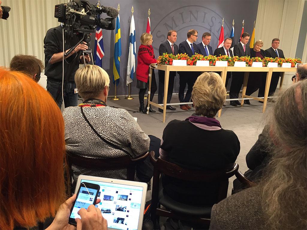 Pressemøde med de nordiske og baltiske statsministre til Nordisk Session i København. Inger Melin, Sverige er sammen med de øvrige deltagere på Aarhus 2016 klar på Twitter
