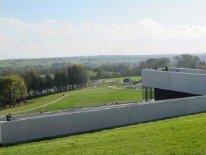 Moesgaard Museum er et internationalt, kulturhistorisk museum, der med udgangspunkt i arkæologi og etnografi forsker i og formidler menneskelivets vilkår – lokalt, globalt og over tid