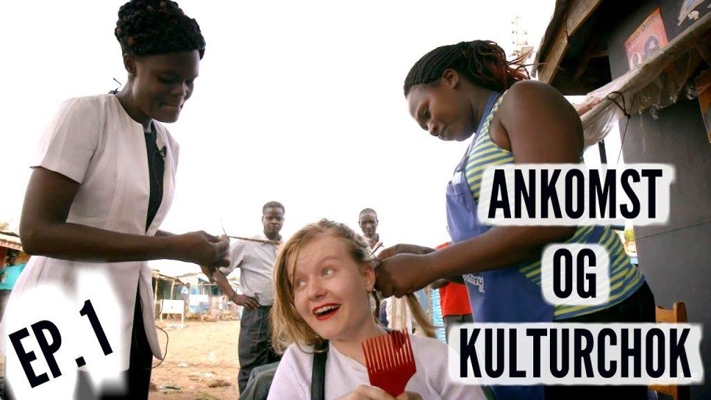 Kirstine Sloth, en af Danmarks største YouTuber, med PlanBørnefonden i Kenya. Foto: Fra YouTube-video
