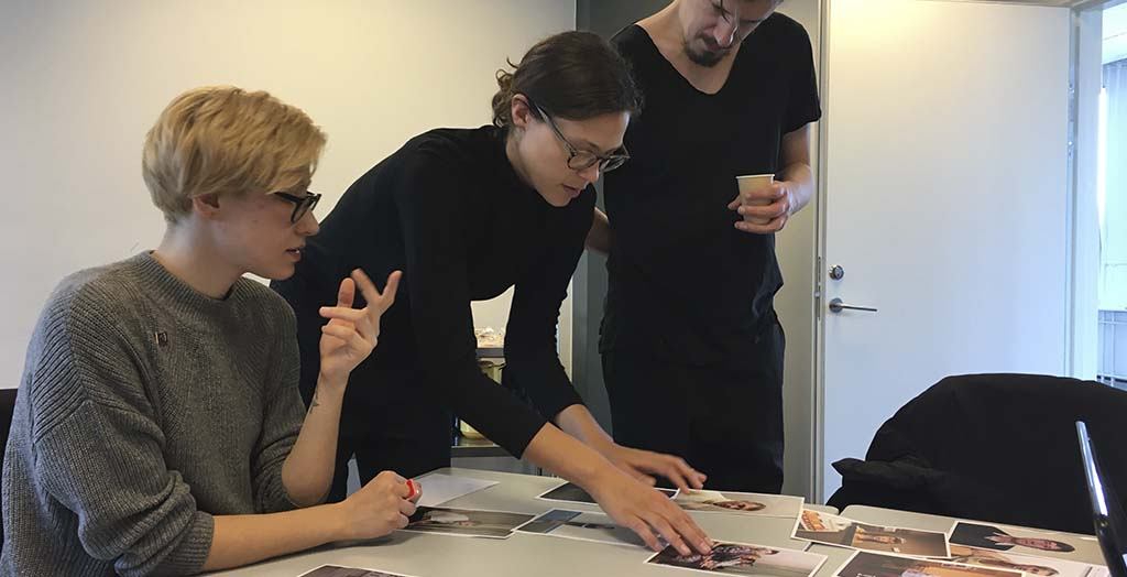 Participants: Mary Gelman, Sofie Amalie Klougart and Christian Belgaux. Next to Me 2018. Foto: Mads Greve