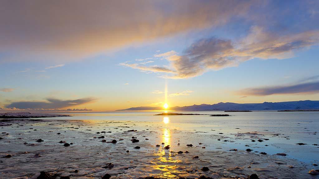Solnedgang over havet, Island 2020. Foto: Þorvarður Árnason